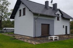 Dom z zewnątrz 52