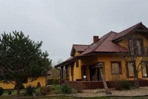 Dom z zewnątrz 40