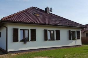 Dom z zewnątrz 38