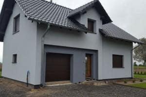 Dom z zewnątrz 33