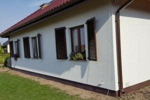 Dom z zewnątrz 32
