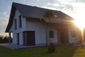 Dom z zewnątrz 27