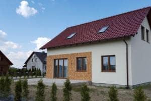 Dom z zewnątrz 15