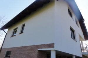 Dom z zewnątrz 13