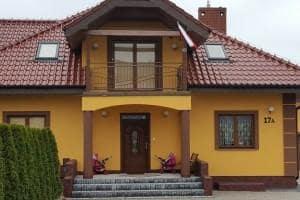 Dom z zewnątrz 49